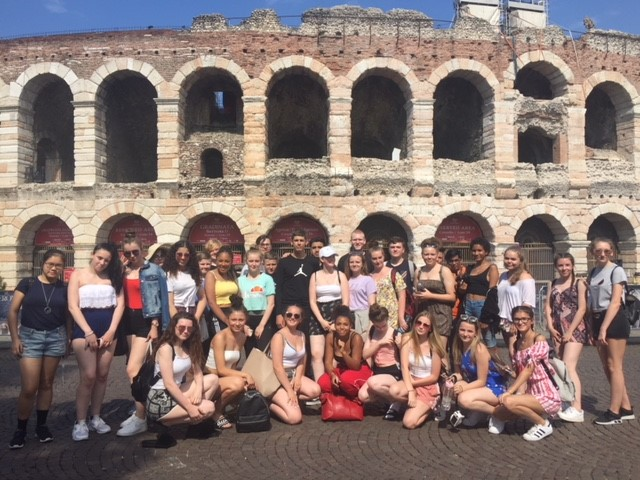 'Perfetto' Performing Arts Trip For Stockport Academy Students