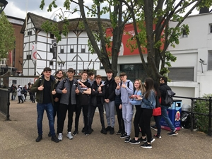 Globe Theatre Visit Brings History To Life For Year 11
